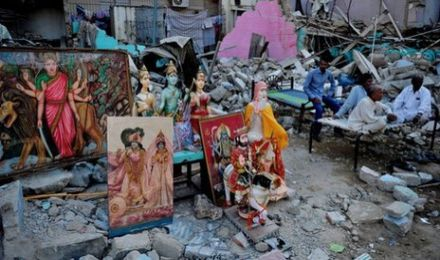karachi-hindu-temple-destruction-muslim-islam2
